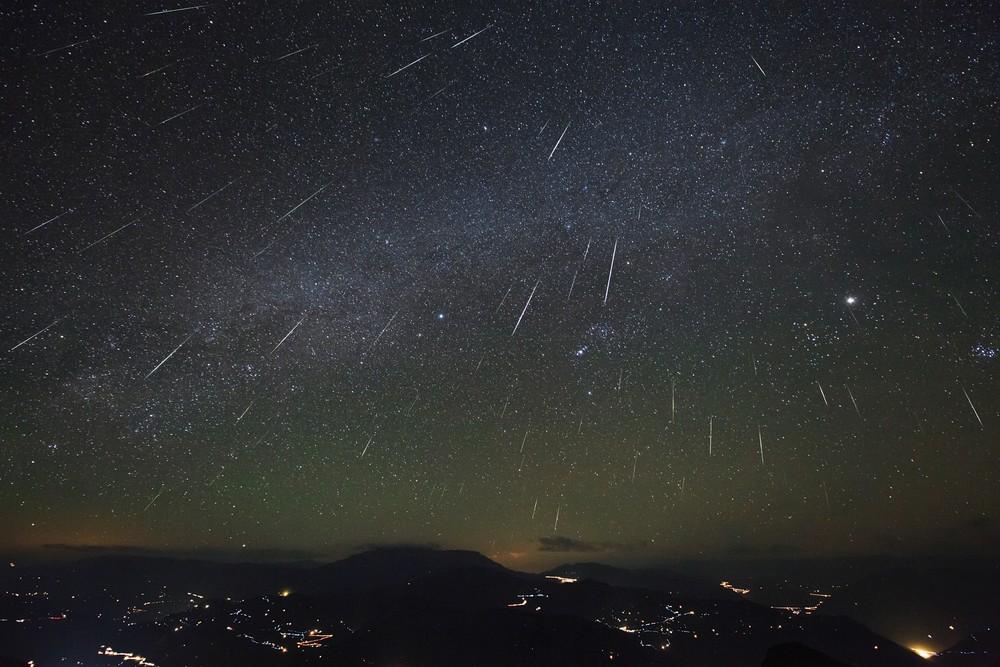 Chuva de meteoros da constelação de Gêmeos ocorre nesta quarta e quinta: 'melhor do ano', diz Nasa